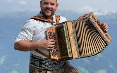 Kevin van den Eijnden wint Goud en Zilver WorldCup Harmonika